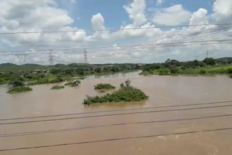 Rio Salgado apresenta aumento em seu fluxo de água nesta segunda-feira, 15 (Foto: (FOTO: Reprodução WhatsApp))
