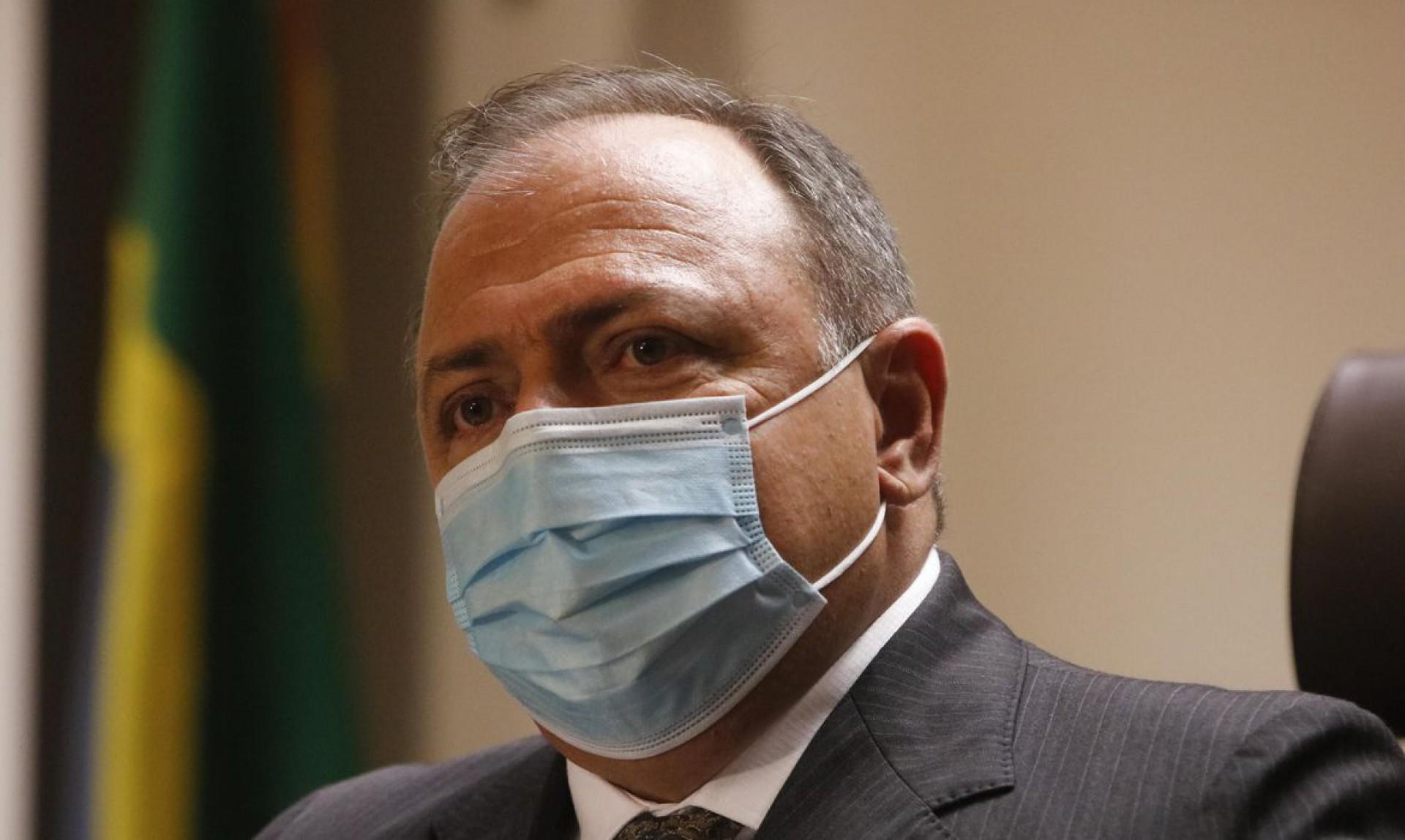 O ministro da Saúde, Eduardo Pazuello, em entrevista coletiva no Instituto de Traumatologia e Ortopedia (Into) no Rio de Janeiro. (Foto: Tânia Rêgo/Agência Brasil)