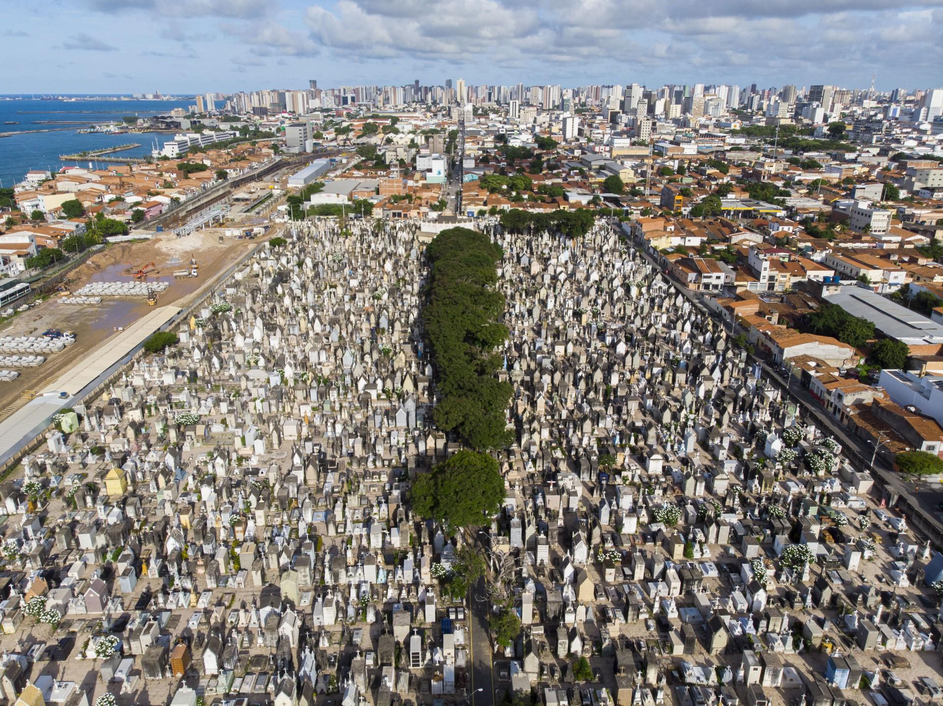 Brasil anestesiado com a escalada do número de mortos