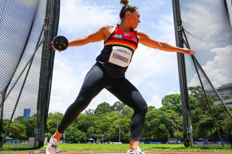 Atletismo: de olho em Tóquio, brasileiros treinam e competem nos EUA
