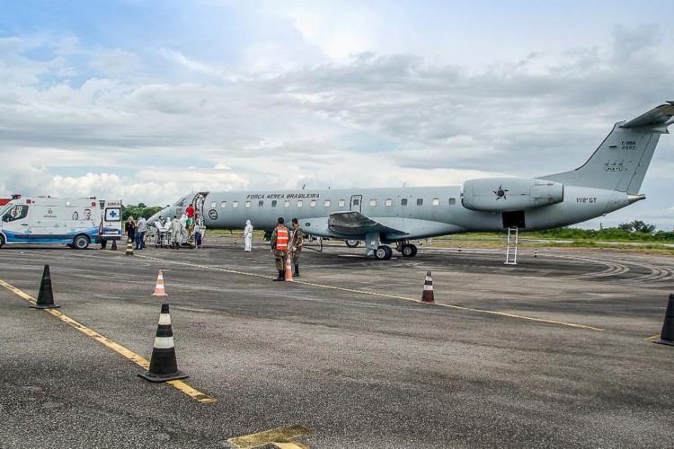 Aeronaves da Força Aérea Brasileira removem 248 pacientes do estado do Amazonas para várias cidades. (Foto: Reprodução Twitter oficial da Força Aérea Brasileira)