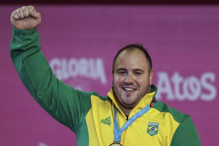 Brasileiro herda medalha de bronze do Mundial de levantamento de pesos (Foto: )