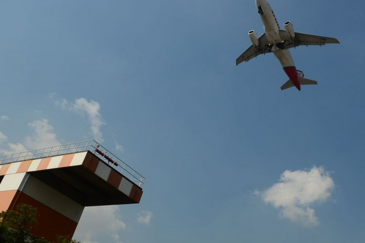 Avião decola no aeroporto de Congonhas. (Foto: Rovena Rosa/Agência Brasil)