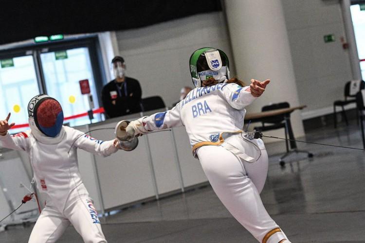 Nathalie Moellhausen é nona colocada no mundial e se garante em Tóquio (Foto: )