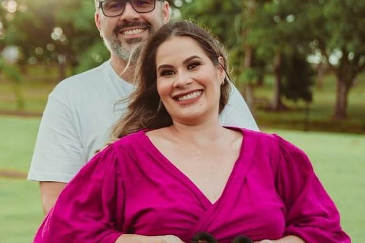 Deputado fez campanha de orações pela esposa e filho (Foto: Alan Rick / Instagram / Reprodução)