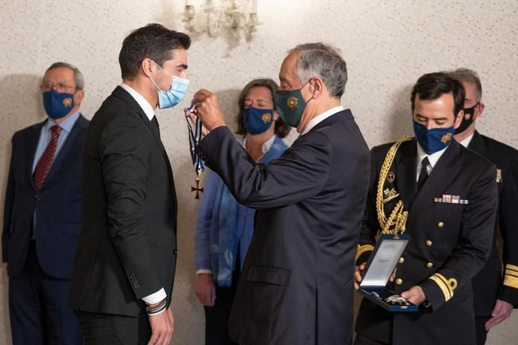 Abel Ferreira é condecorado pelo presidente de Portugal (Foto: Rui Ochoa / Presidente da República)