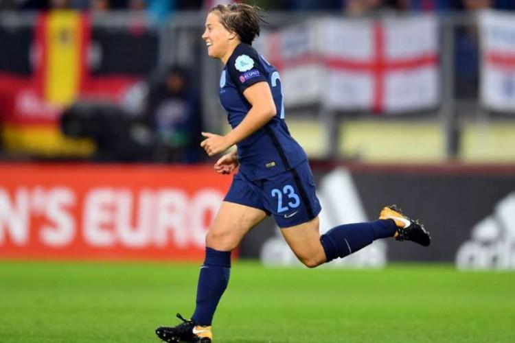 Fran Kirby, jogadora do Chelsea Ladies FC (Foto: AFP)