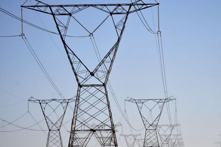 Linhas de transmissão de energia, energia elétrica (Foto: Marcello Casal Jr/Agência Brasil)
