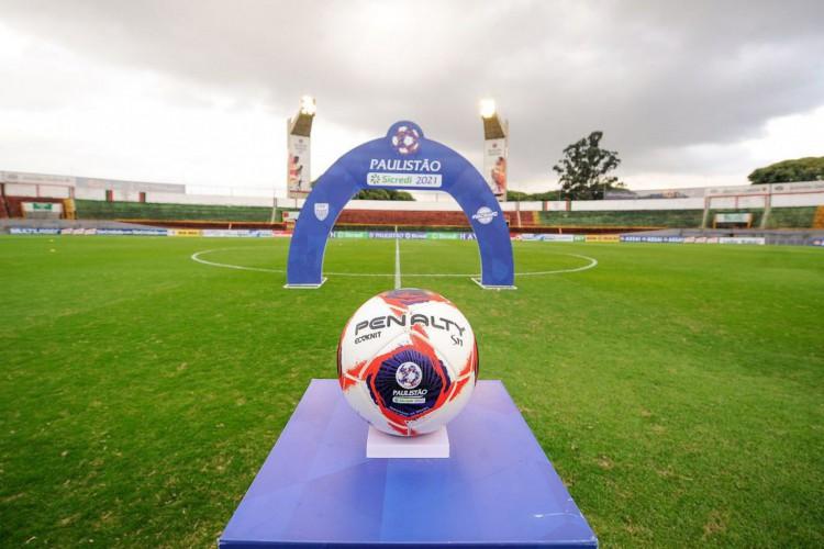 Federação de futebol confirma suspensão do Paulistão até 30 de março (Foto: RCORSI)