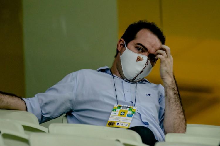 Presidente Marcelo Paz manteve contato com clubes e atletas, mas não conseguiu desfecho positivo (Foto: Aurélio Alves/O POVO)