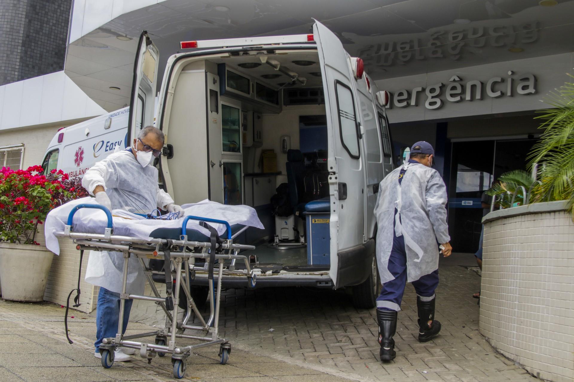 FORTALEZA, CE, BRASIL, 23.03.2021: Hospital Hapvida na Av. Aguanambi (Foto: Thais Mesquita/OPOVO) (Foto: Thais Mesquita)