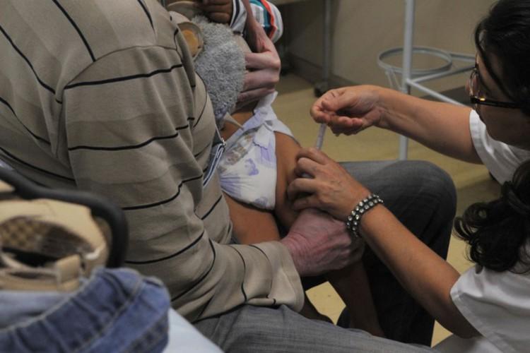 Pesquisa alerta que pais adiaram vacina contra meningite na pandemia (Foto: )