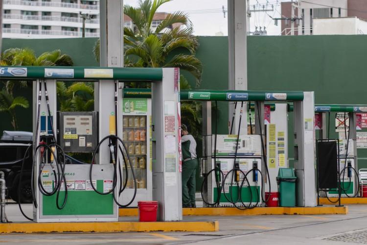 Aumentos dos combustíveis também contribuíram para o avanço da inflação (Foto: Aurelio Alves)