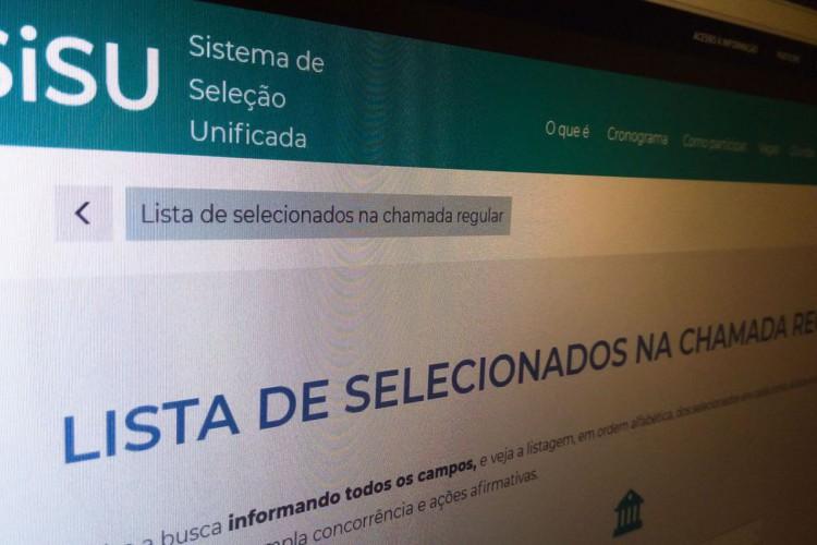 Sistema de Seleção Unificado (Sisu) 2021 abrirá inscrições em 6 de abril; vagas podem ser conferidas no site do sistema e são disputadas com base na nota do Exame Nacional do Ensino Médio (Enem) 2020 (Foto: Agência Brasil)