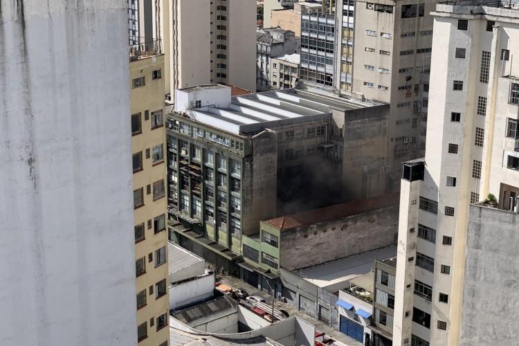 Edifício onde funciona o veículo fica localizado na avenida Barão de Limeira, em São Paulo (Foto: Reprodução/Twitter)
