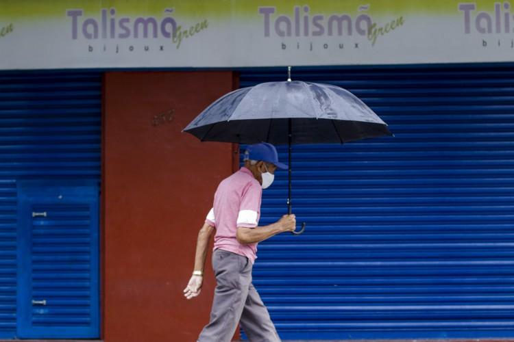 Ao longo do dia, os registros poderão alcançar mais de 50% de cada região do Estado (Foto: Thais Mesquita)