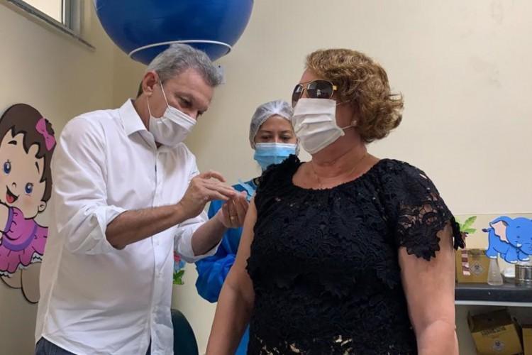 Sarto anunciou que começo da vacinação para público de 62 anos começa amanhã, 3 (Foto: DIVULGAÇÃO)