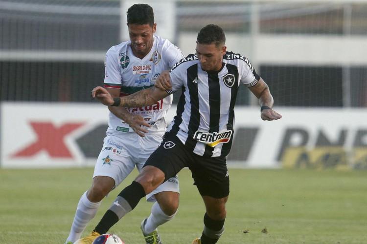 Botafogo e Portuguesa empatam em Mesquita (Foto: Vitor_Silva)
