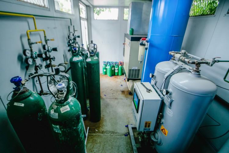 Usina de oxigênio na UPA do Edson Queiroz (Foto: Aurelio Alves)