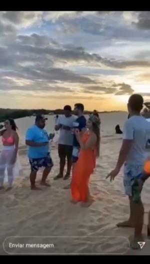 Grupo de sete pessoas é autuado por descumprimento do decreto de isolamento social rígido em Amontada (Foto: Foto: Reprodução/Vídeo)
