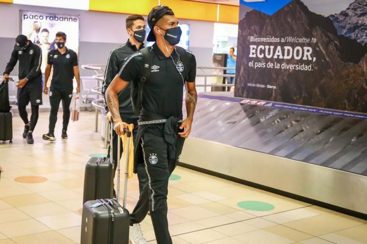 RS - FUTEBOL/ CHEGADA GREMIO  - ESPORTES - Delegação do Gremio chega a Quito, no Equador, onde enfrenta a equipe do Independiente Del Vale, em partida valida pea  Libertadores da America 2021. FOTO: LUCAS UEBEL/GREMIO FBPA (Foto: Lucas Uebel)