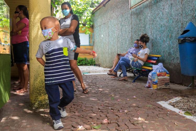 Além de oferecer tratamento às crianças e adolescentes, Associação também realiza ações sociais   (Foto: BARBARA MOIRA)