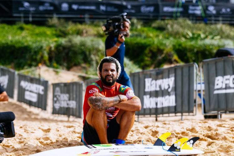 Falta de ondas adia etapa australiana do Circuito Mundial de Surfe (Foto: )