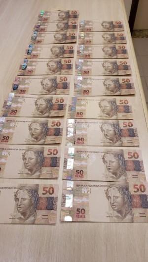 As notas falsas eram enviadas pelos Correios para 11 estados do País, incluindo o Ceará (Foto: Foto: Polícia Federal)