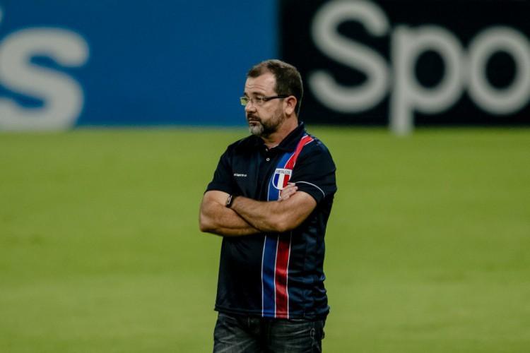 Enderson Moreira melhorou seus números no Fortaleza e chegou aos 76% de aproveitamento (Foto: Aurelio Alves/O POVO)