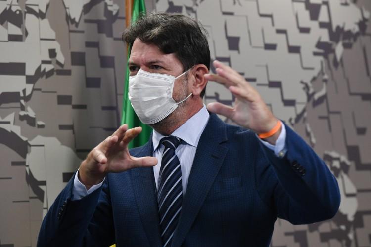 Senador Cid Gomes pede informações a Paulo Guedes  (Foto: Leopoldo Silva/Agência Senado)