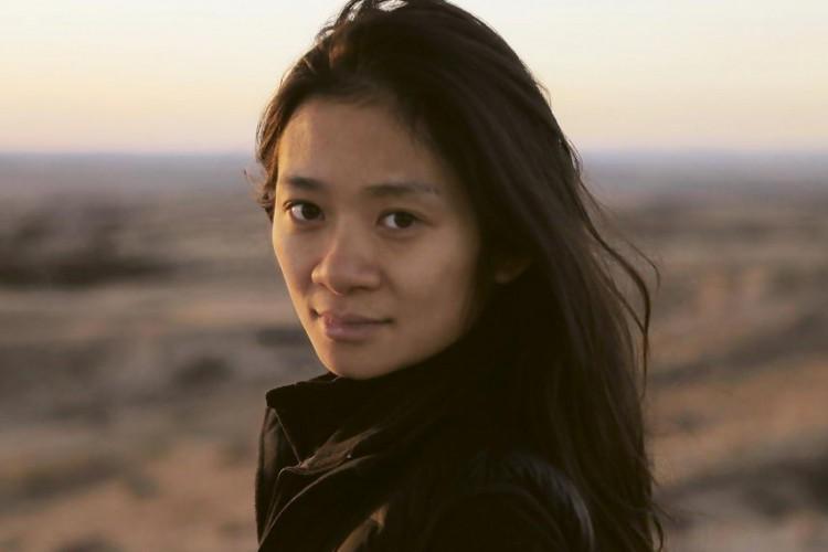 Chloé Zhao, natural de Pequim, é diretora de 'Nomadland' (Foto: Divulgação)