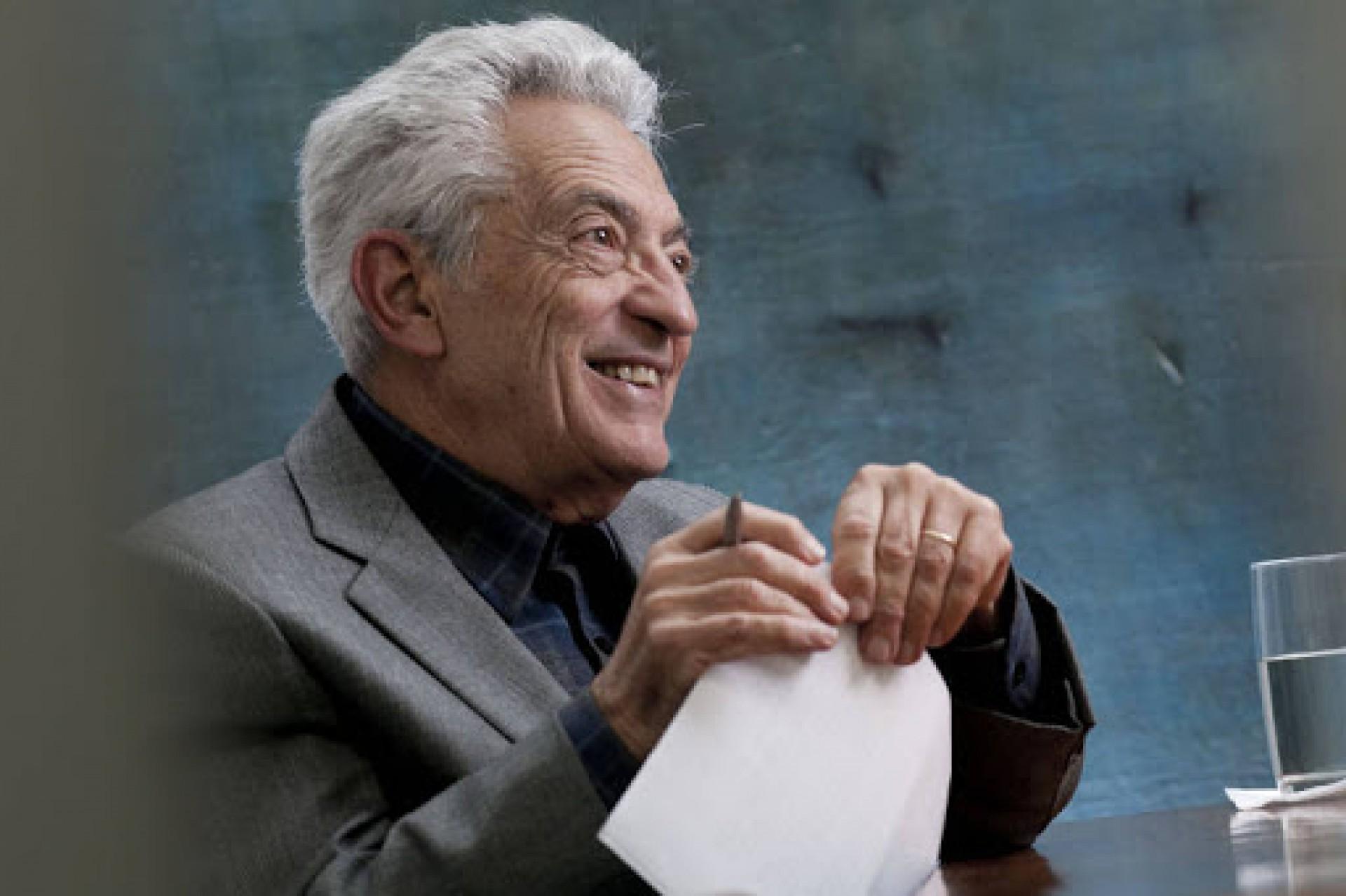 Crítico literário Alfredo Bosi