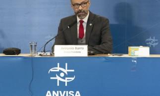 Diretor-presidente da Anvisa Antônio Barra Torres fala durante a abertura da reunião.
