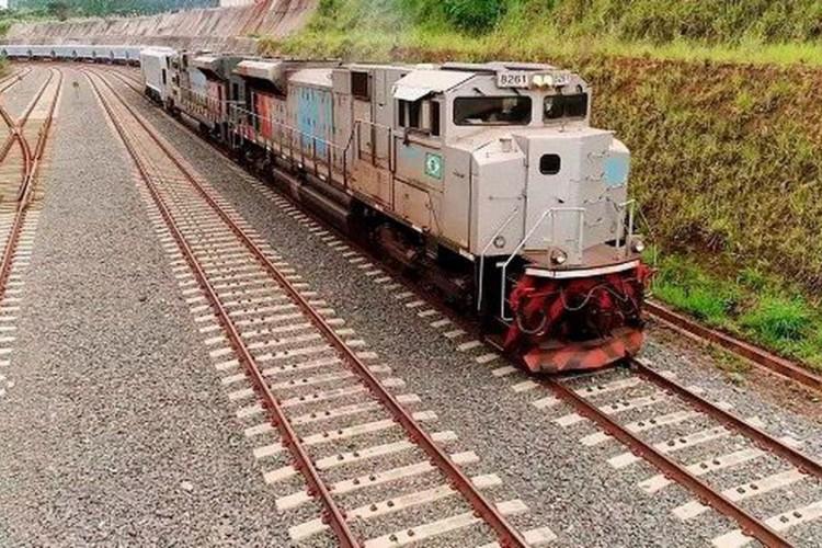 Governo leiloa hoje trecho de ferrovia na Bahia (Foto: )