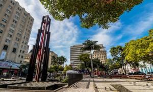 Praça do Ferreira, o coração inquieto da cidade