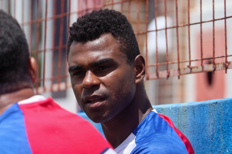 Zagueiro Wanderson em treino do Fortaleza no Centro de Excelência Alcides Santos, no Pici (Foto: Leonardo Moreira / Fortaleza EC)