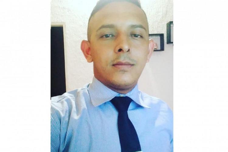 Ednaldo Oliveira Magalhães, 26, desapareceu nesta quarta-feira, 7, em Pacatuba. (Foto: Acervo Pessoal)