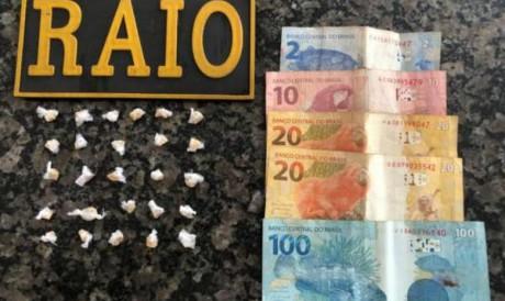 Idosa é presa pela PMCE por envolvimento com o tráfico de drogas no Crato