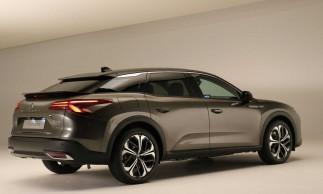 O Citroën C5 X 2021 começará a ser vendido na Europa no segundo semestre