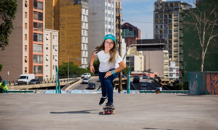Pamela Rosa foi campeã mundial em 2019 no skate street