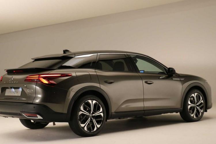 O Citroën C5 X 2021 começará a ser vendido na Europa no segundo semestre (Foto: Divulgação/Citroen)