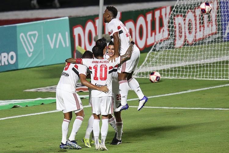 Jogadores do São Paulo comemoram gol no jogo contra o Red Bull Bragantino, no Morumbi, pelo Campeonato Paulista (Foto: Divulgação/São Paulo FC)