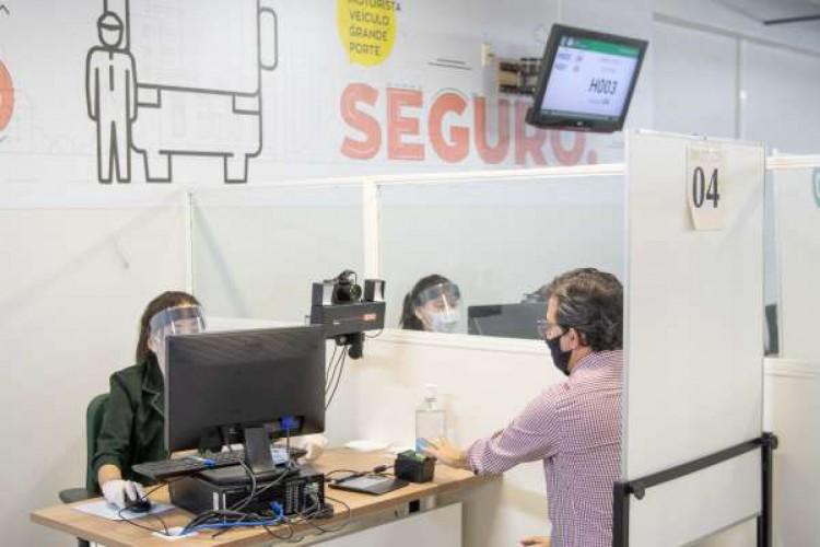 Atendimento no Detran-CE  (Foto: Divulgação/Detran-CE)