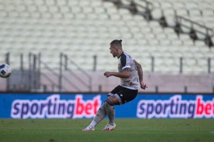 Vina deu assistências em seis jogos na temporada de 2021 (Foto: Stephan Eilert/Cearasc)