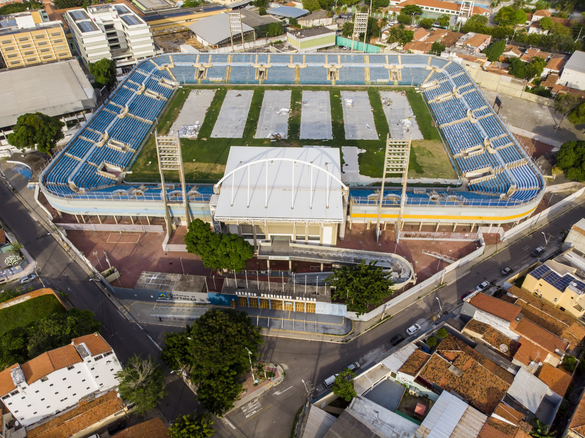 Novo gramado do Presidente Vargas