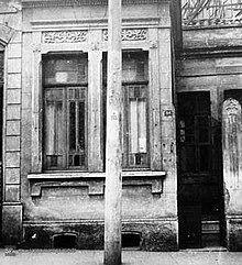 A residência ficava em uma boa localização de São Paulo, além de  dividir a vizinhança com o Theatro Municipal.
