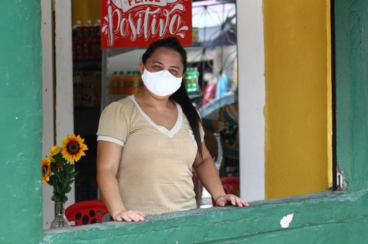 Rosicleide Soares, 38 anos, comerciante teve de reinventar o negócio e não quer ouvir falar em pandemia