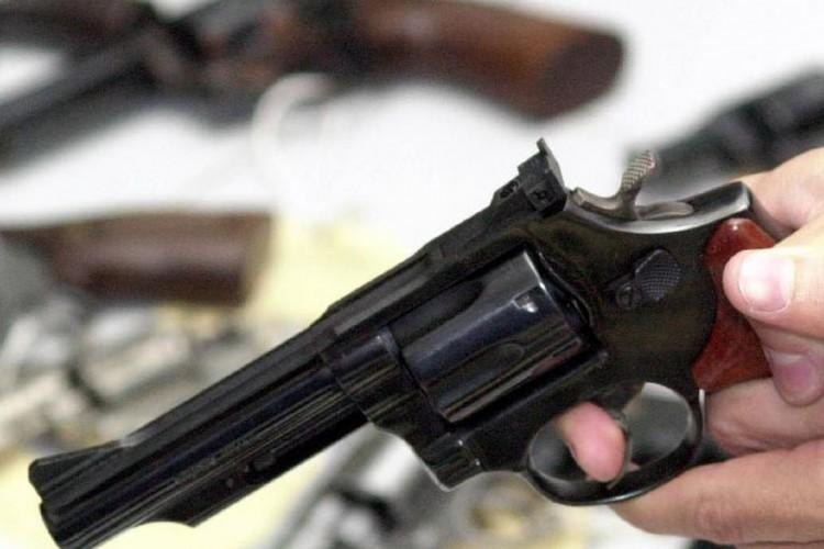 Entram em vigor parte dos decretos que ampliam acesso a armas de fogo (Foto: )