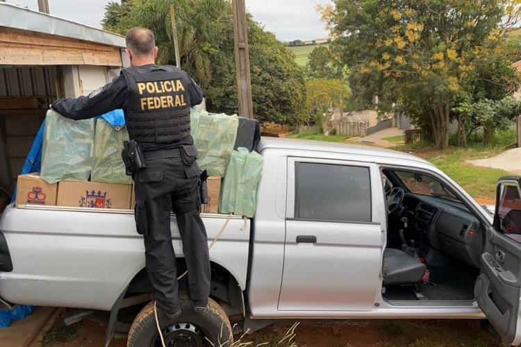 PF deflagra operação contra venda de cigarro contrabandeado no Paraná (Foto: )
