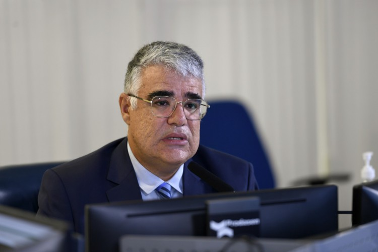 Girão foi autor do requerimento que ampliou a abrangência da CPI, como queria Bolsonaro (Foto: Edilson Rodrigues/Agência Senad)